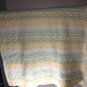 "Homemade Rose Blanket 40""x 53"" yellow green white"